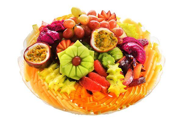 מגשי פירות טריים לאירועים